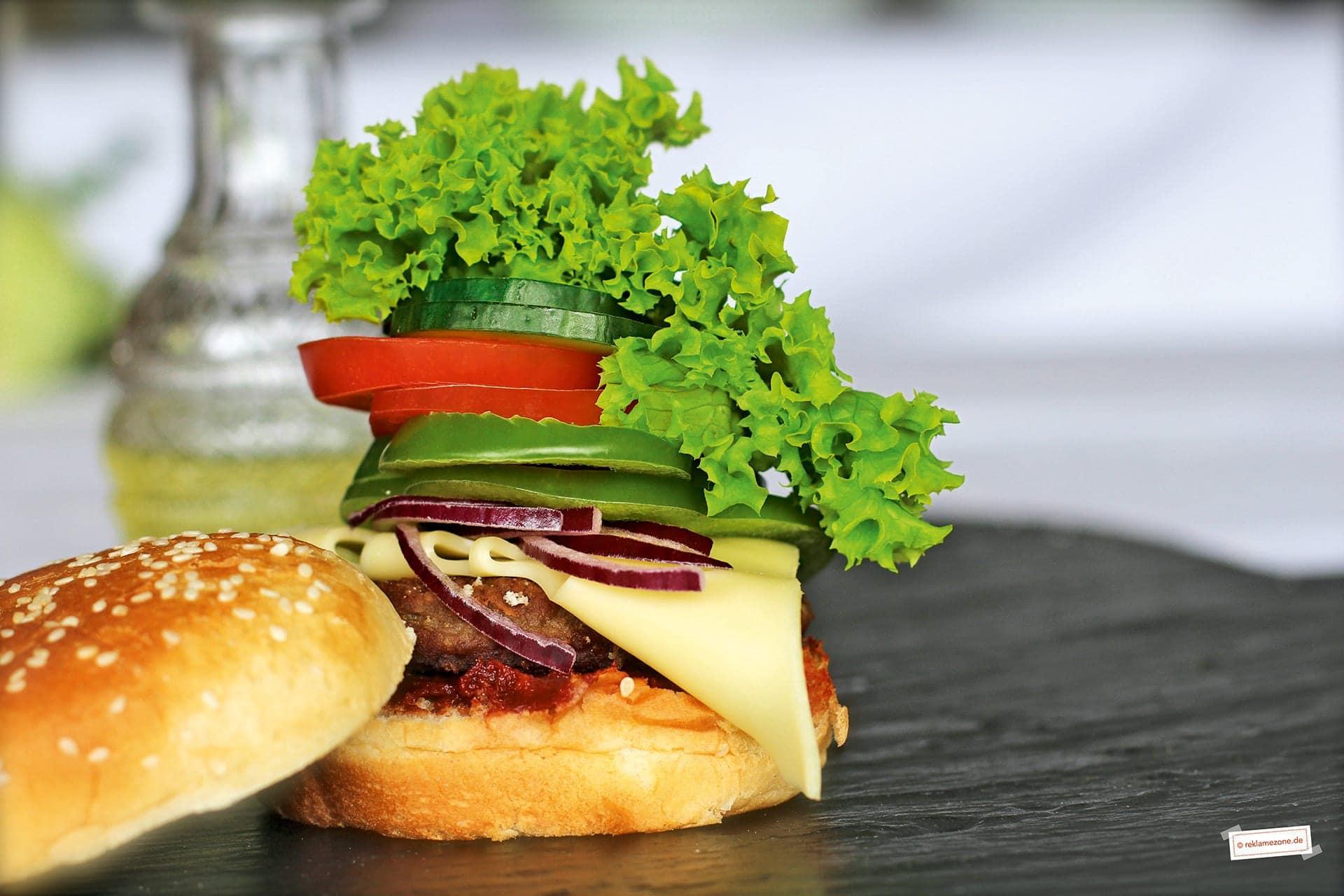 Burger, schnell und einfach - Foto: reklamezone.de