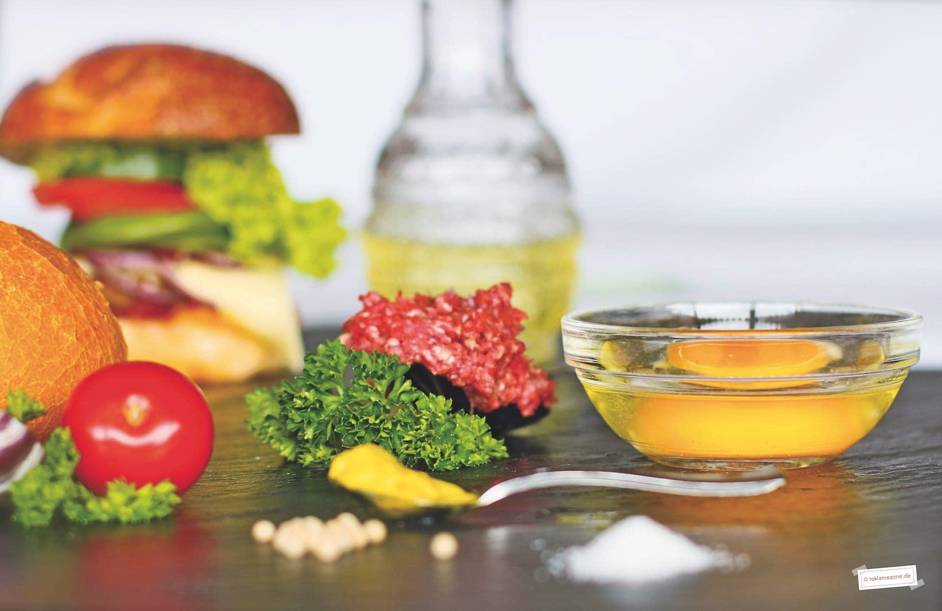 Burger selbstgemacht - Foto: reklamezone.de